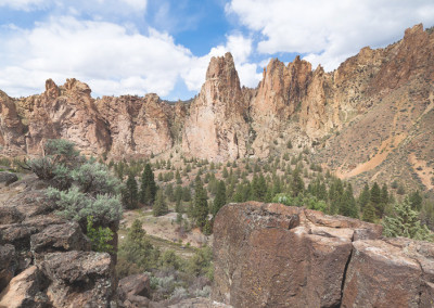Charter Bus Service to Smith Rock